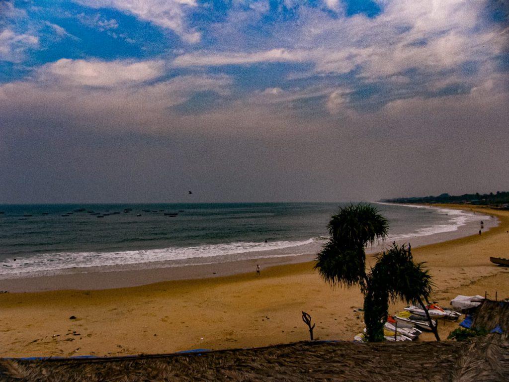 Goa-Sinquerim-Beach-view-from-Sinquerim-Fort