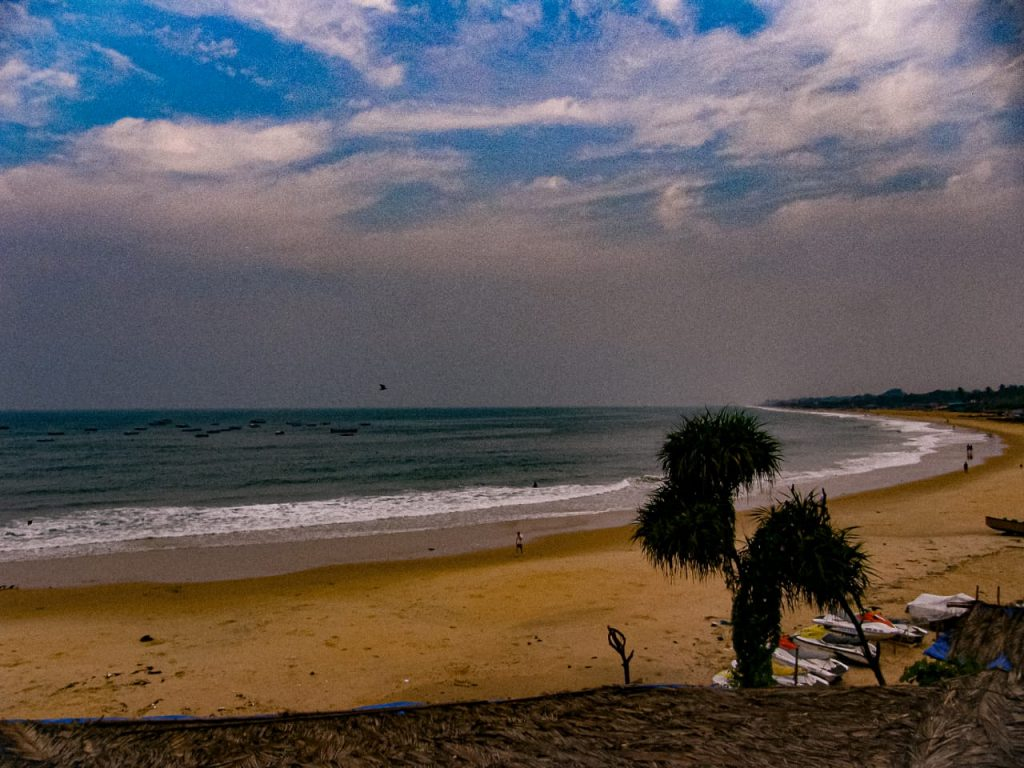 Goa-Sinquerim-Beach-view-from-Sinquerim-Fort