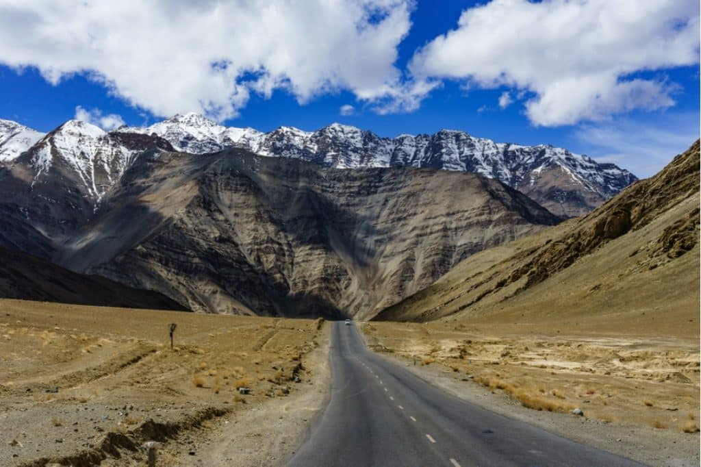 Magnetic Hill- Most favorite Tourist attraction for bikers and best visiting places in Leh Ladakh