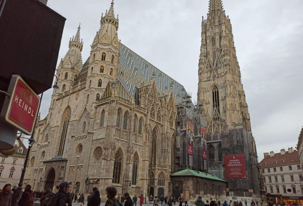 Prague Vienna Budapest Itinerary: Best Places & Food